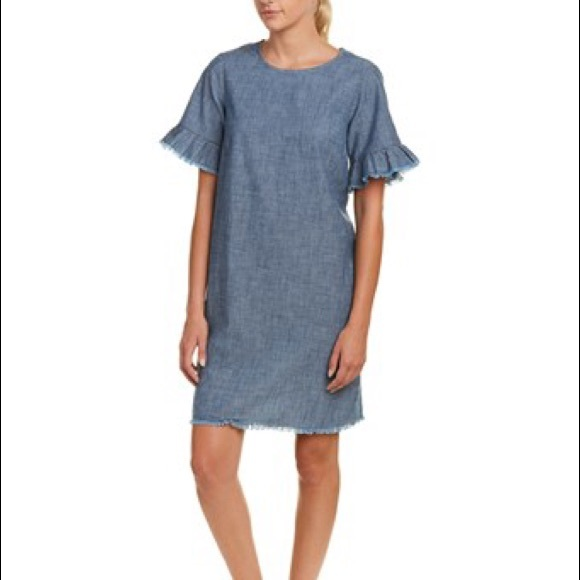 6e9d01b128 beachlunchlounge Dresses   Skirts - Beachlunchlounge Bell Sleeve Chambray  Shift Dress